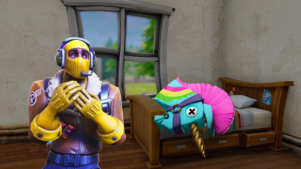 Epic offers free Fortnite Battle Pass in the wake of Apex's popularity